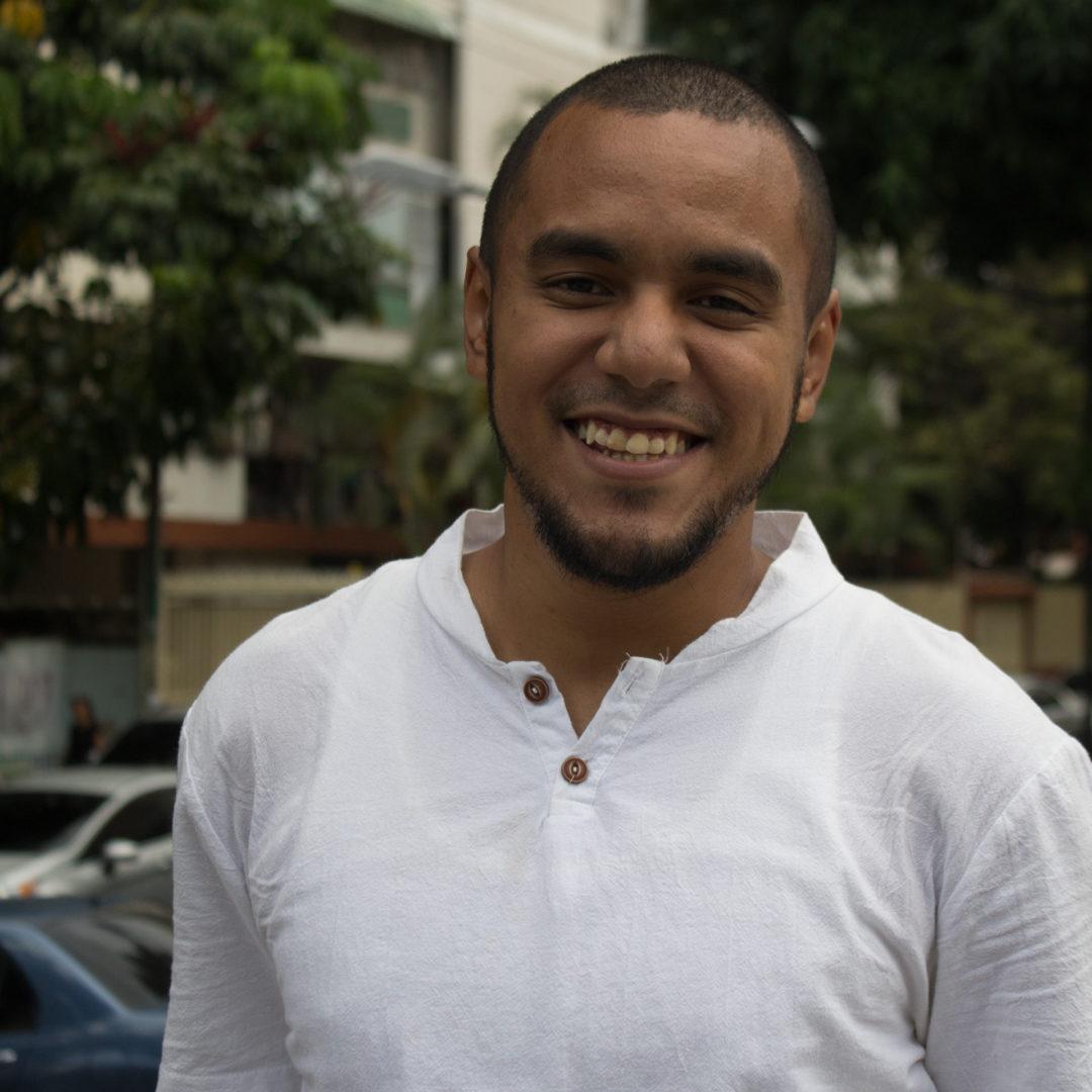 Carlos Bello